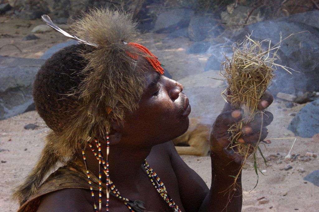 Hadzabe bushmen - Lake Eyasi Tanzania